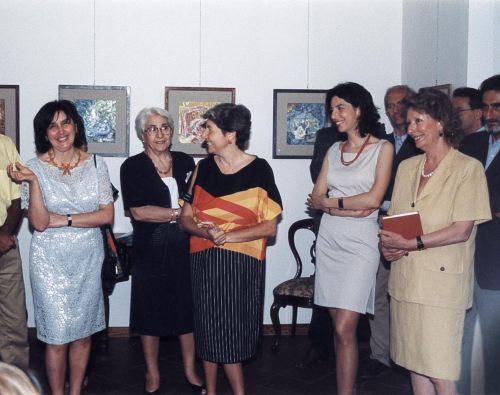 Bice Triolo, Angela Zuccarello, Maria Antonietta Spadaro,Laura Romano e Giuseppina Manno all'inaugurazione della personale di Bice Triolo, il 3 giugno 1999