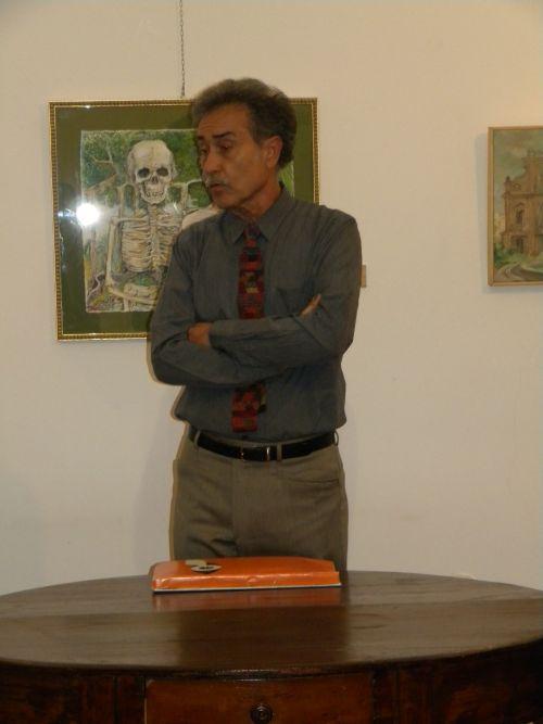 Pedro Cano alla Galleria Elle Arte in occasione dell'incontro con l'autore, 21 ottobre 2011
