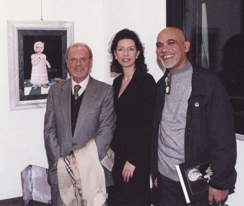"""PieroLongo, Laura Romano e Salvatore Lo Bue all'inaugurazione della Personaledi Rossana Feudo """"La Dimensione incantevole"""", il 14 marzo 2004"""